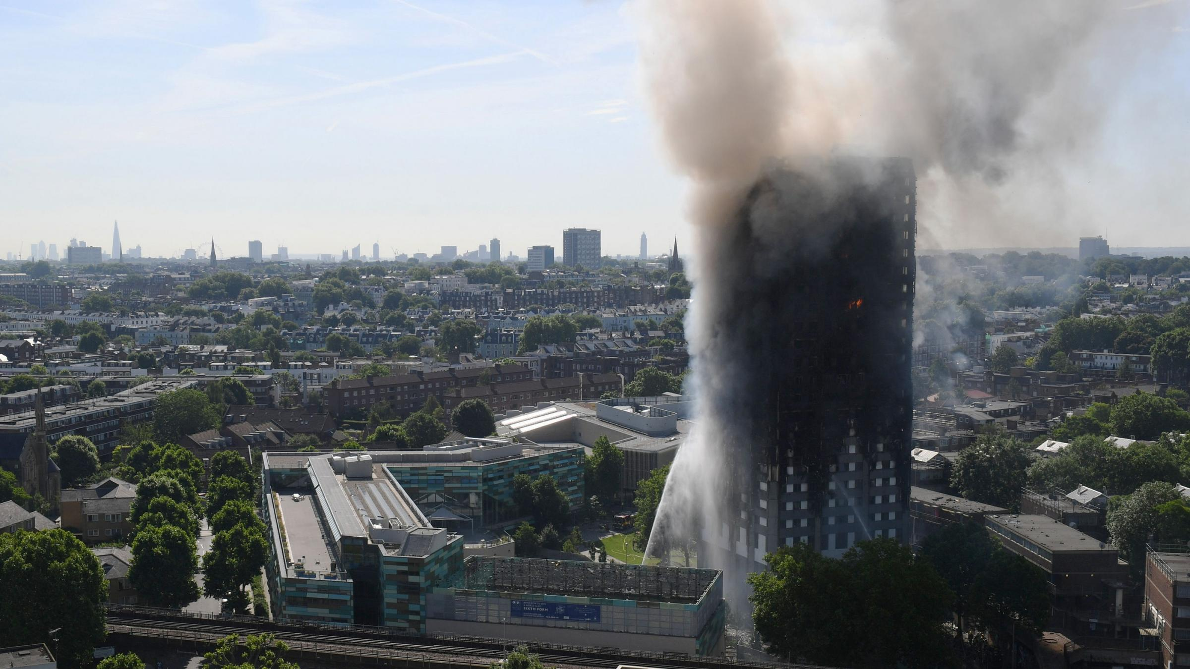 Death toll in London inferno rises to 30